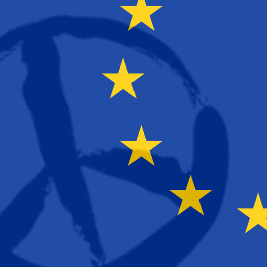 Rauhanmerkki ja EU-lippu limittäin