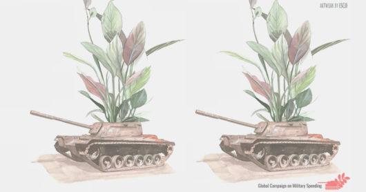 Piirroskuvassa panssarivaunuja, joiden katosta kasvaa korkealle vihreitä kasveja.